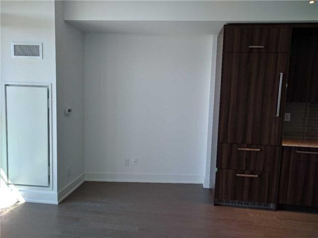 Condo Apartment at 3018 Yonge St, Unit 904, Toronto, Ontario. Image 2