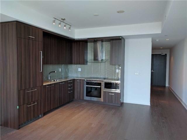 Condo Apartment at 3018 Yonge St, Unit 904, Toronto, Ontario. Image 3