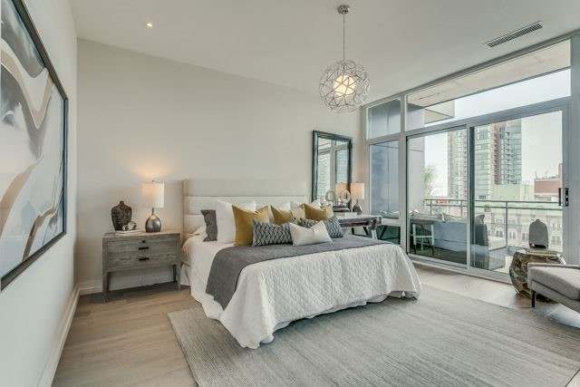 Condo Apartment at 127 Queen St E, Unit Ph1, Toronto, Ontario. Image 5