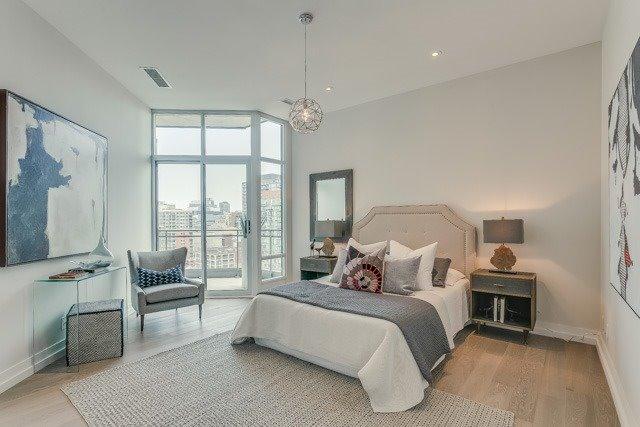 Condo Apartment at 127 Queen St E, Unit Ph1, Toronto, Ontario. Image 8