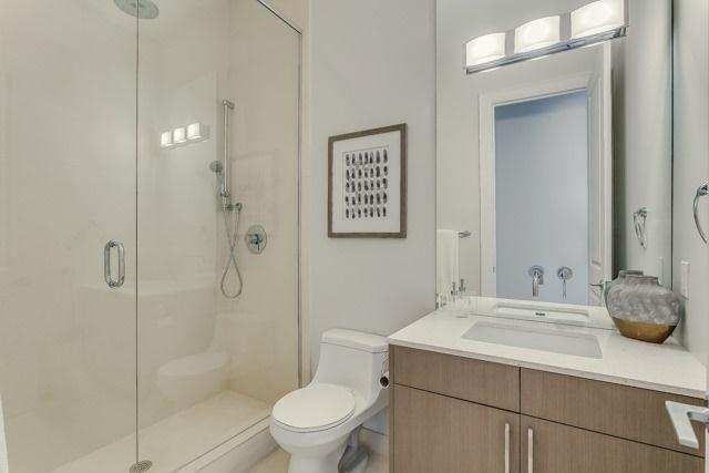 Condo Apartment at 127 Queen St E, Unit Ph1, Toronto, Ontario. Image 9