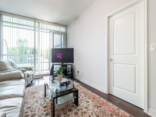 Condo Apartment at 2885 Bayview Ave, Unit 229, Toronto, Ontario. Image 19