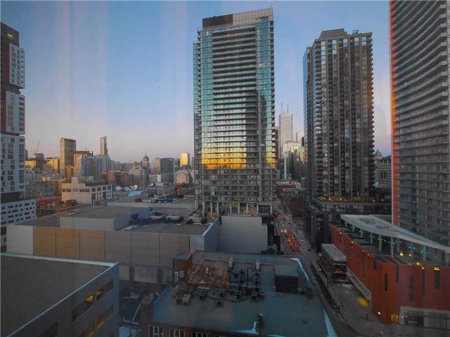 Condo Apartment at 101 Peter St, Unit 1605, Toronto, Ontario. Image 1