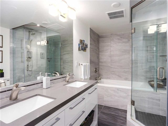 Condo Townhouse at 77 Lombard St, Unit Th102, Toronto, Ontario. Image 18