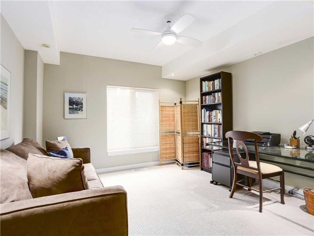 Condo Townhouse at 77 Lombard St, Unit Th102, Toronto, Ontario. Image 4