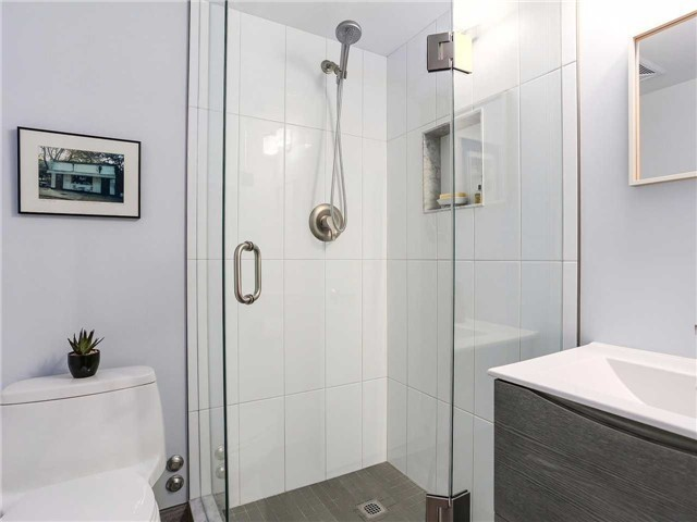 Condo Townhouse at 77 Lombard St, Unit Th102, Toronto, Ontario. Image 5