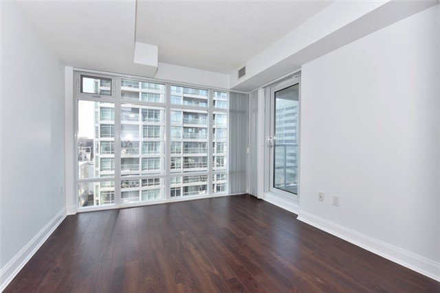 Condo Apartment at 2181 Yonge St, Unit 1011, Toronto, Ontario. Image 12