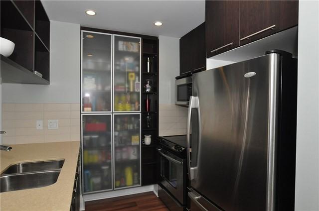 Condo Apartment at 100 Harrison Garden Blvd, Unit 808, Toronto, Ontario. Image 14