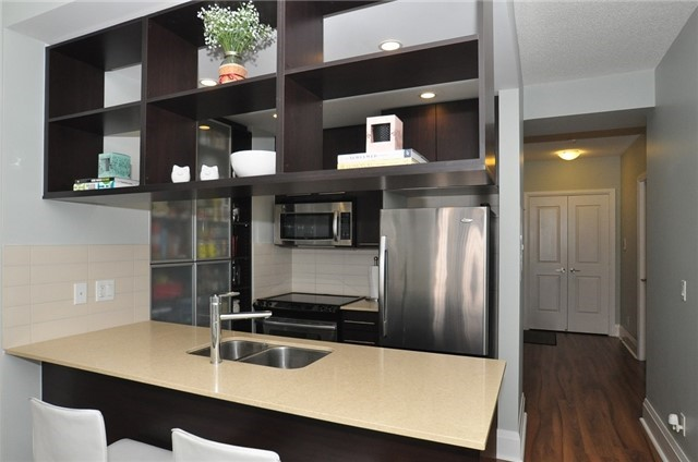 Condo Apartment at 100 Harrison Garden Blvd, Unit 808, Toronto, Ontario. Image 15