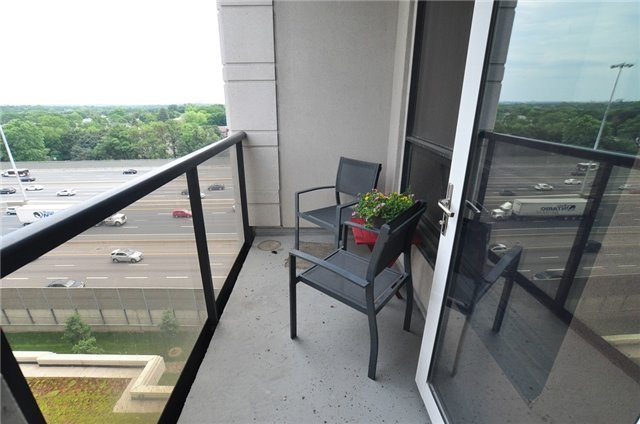 Condo Apartment at 100 Harrison Garden Blvd, Unit 808, Toronto, Ontario. Image 3