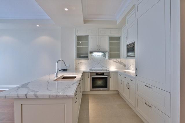Condo Apartment at 55 Scollard St, Unit 602, Toronto, Ontario. Image 17