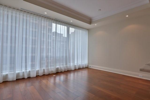Condo Apartment at 55 Scollard St, Unit 602, Toronto, Ontario. Image 20