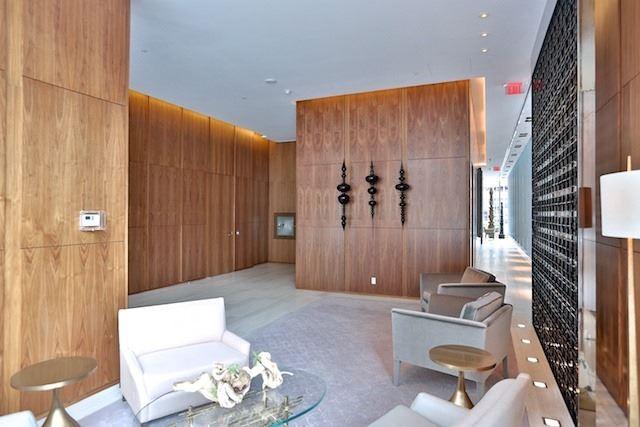 Condo Apartment at 55 Scollard St, Unit 602, Toronto, Ontario. Image 8
