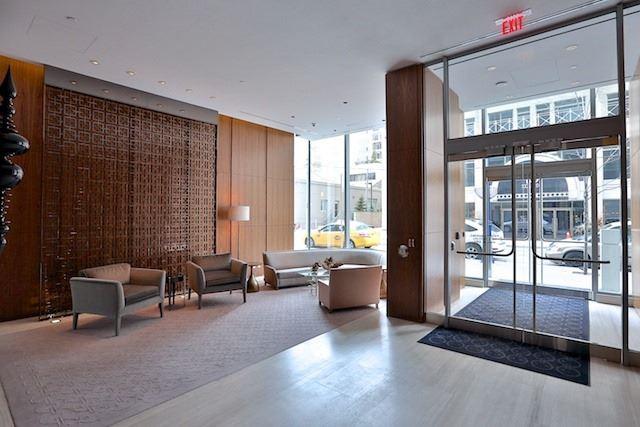 Condo Apartment at 55 Scollard St, Unit 602, Toronto, Ontario. Image 9