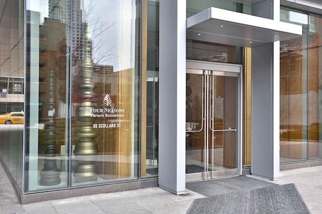 Condo Apartment at 55 Scollard St, Unit 602, Toronto, Ontario. Image 13