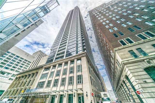 Condo Apartment at 70 Temperance St, Unit 3314, Toronto, Ontario. Image 1