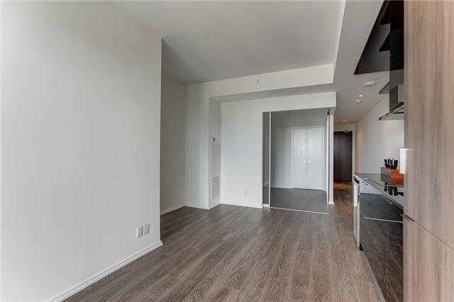 Condo Apartment at 70 Temperance St, Unit 3314, Toronto, Ontario. Image 12