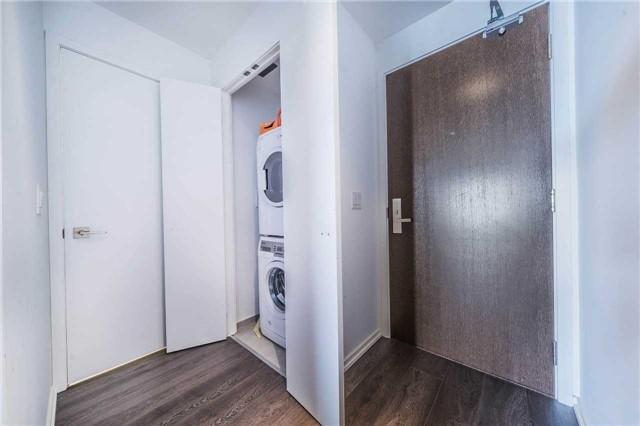 Condo Apartment at 70 Temperance St, Unit 3314, Toronto, Ontario. Image 4
