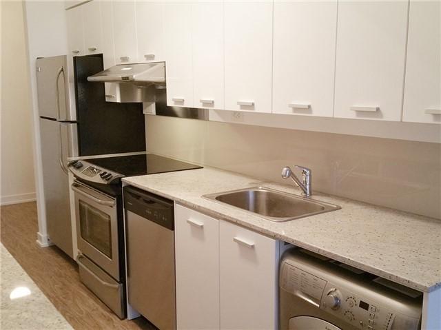 Condo Apartment at 33 Singer Crt, Unit 2710, Toronto, Ontario. Image 4