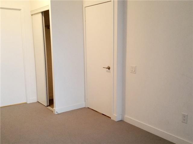 Condo Apartment at 33 Singer Crt, Unit 2710, Toronto, Ontario. Image 11