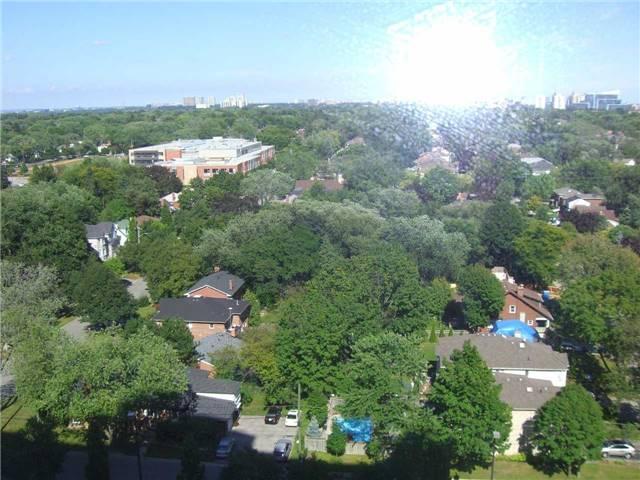 Condo Apartment at 188 Doris Ave, Unit 1610, Toronto, Ontario. Image 12