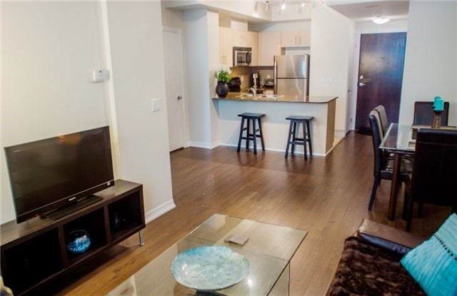 Condo Apartment at 12 Yonge St, Unit 408, Toronto, Ontario. Image 10