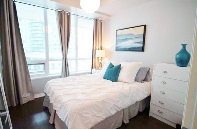 Condo Apartment at 12 Yonge St, Unit 408, Toronto, Ontario. Image 14