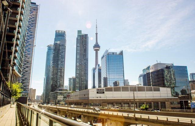 Condo Apartment at 12 Yonge St, Unit 408, Toronto, Ontario. Image 9