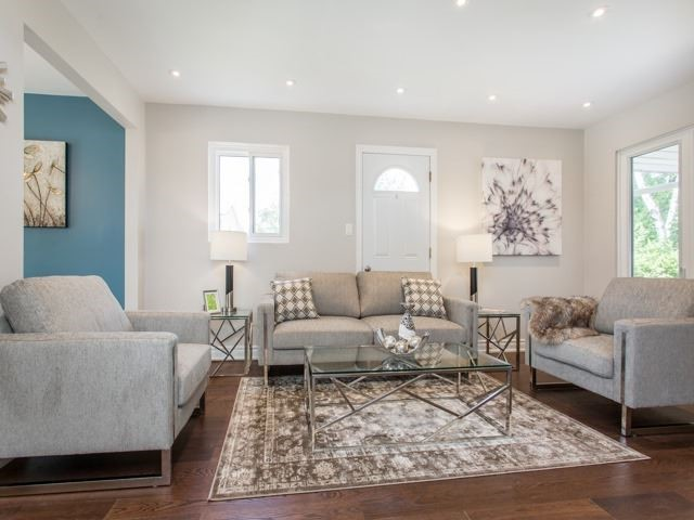 Semi-detached at 126 Apache Tr, Toronto, Ontario. Image 12