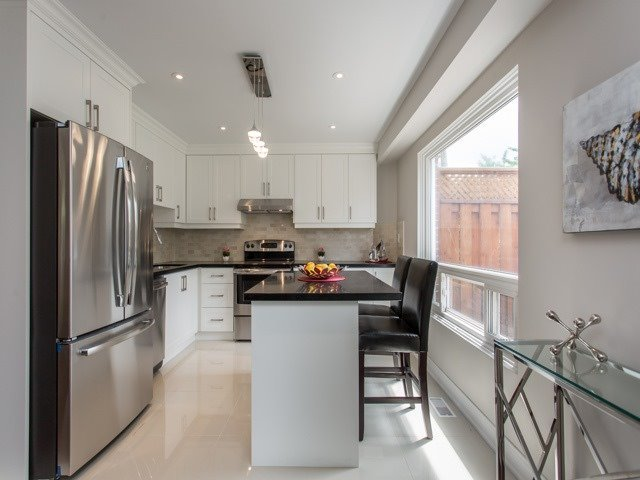 Semi-detached at 126 Apache Tr, Toronto, Ontario. Image 15
