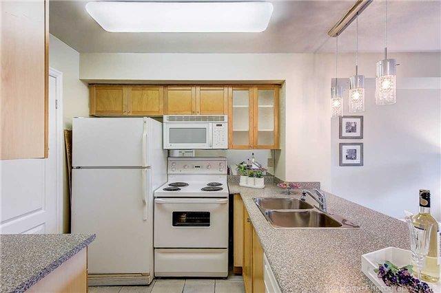 Condo Apartment at 188 Doris Ave, Unit 218, Toronto, Ontario. Image 16