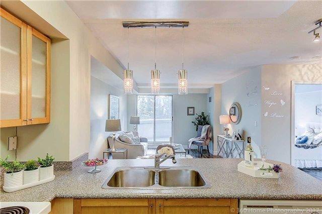 Condo Apartment at 188 Doris Ave, Unit 218, Toronto, Ontario. Image 19