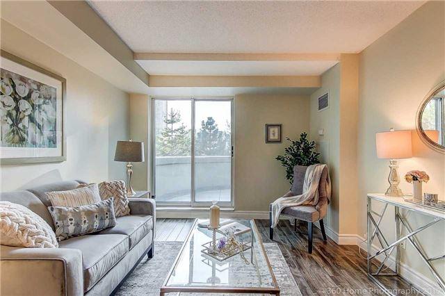 Condo Apartment at 188 Doris Ave, Unit 218, Toronto, Ontario. Image 4