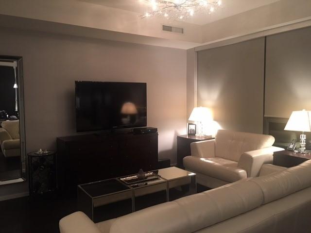 Condo Apartment at 101 Charles St E, Unit 4011, Toronto, Ontario. Image 3