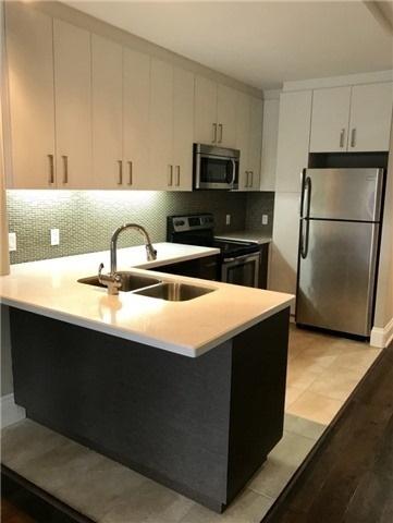 Condo Apartment at 3443 Bathurst St, Unit 403, Toronto, Ontario. Image 6