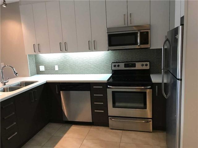 Condo Apartment at 3443 Bathurst St, Unit 403, Toronto, Ontario. Image 7