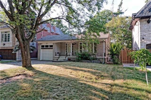 Detached at 208 Dunforest Ave, Toronto, Ontario. Image 7