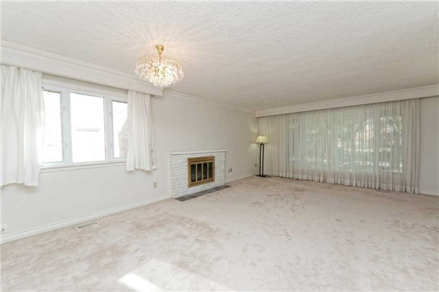 Detached at 208 Dunforest Ave, Toronto, Ontario. Image 8
