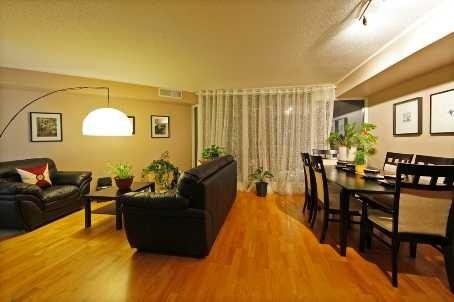 Condo Apartment at 111 Elizabeth St, Unit 1037, Toronto, Ontario. Image 2