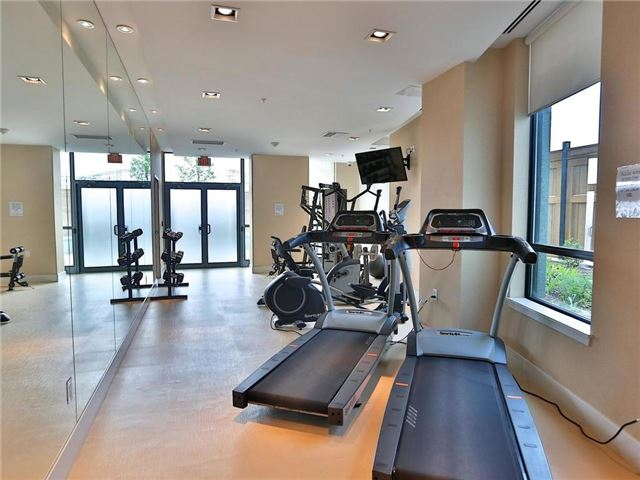 Condo Apartment at 5740 Yonge St, Unit 906, Toronto, Ontario. Image 18