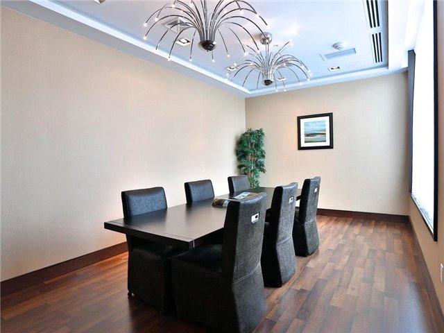 Condo Apartment at 5740 Yonge St, Unit 906, Toronto, Ontario. Image 5