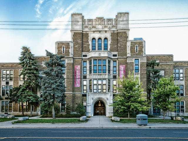 Detached at 999 Mount Pleasant Rd, Toronto, Ontario. Image 13