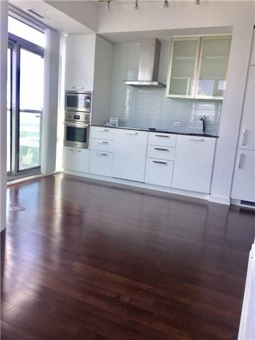 Condo Apartment at 14 York St, Unit 5311, Toronto, Ontario. Image 15