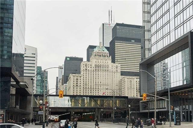 Condo Apartment at 14 York St, Unit 5311, Toronto, Ontario. Image 10