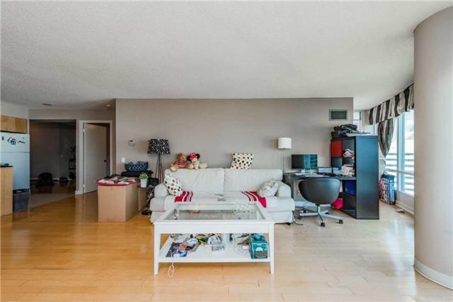 Condo Apartment at 361 Front St W, Unit 2805, Toronto, Ontario. Image 5