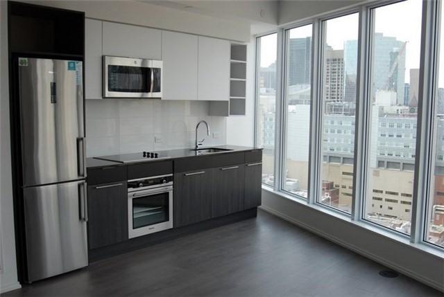 Condo Apartment at 68 Shuter St, Unit Ph 08, Toronto, Ontario. Image 11