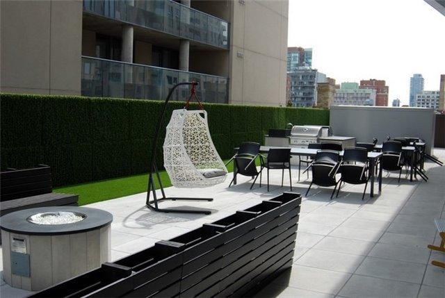 Condo Apartment at 68 Shuter St, Unit Ph 08, Toronto, Ontario. Image 5