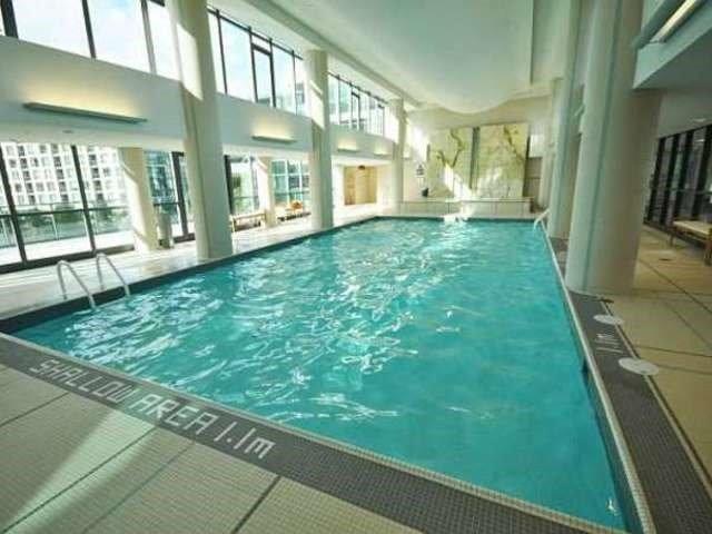 Condo Apartment at 209 Fort York Blvd, Unit 1169, Toronto, Ontario. Image 9