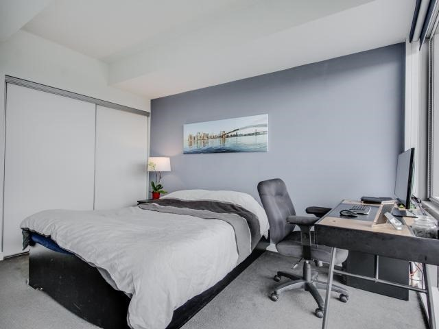 Condo Apartment at 70 Distillery Lane, Unit 2104, Toronto, Ontario. Image 5