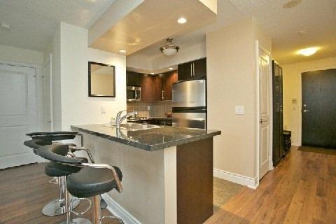 Condo Apartment at 500 Doris Ave, Unit 1630, Toronto, Ontario. Image 9